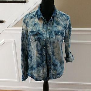 Love fire denim looking shirt